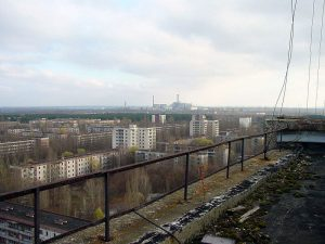 800px-View_of_Chernobyl_taken_from_Pripyat