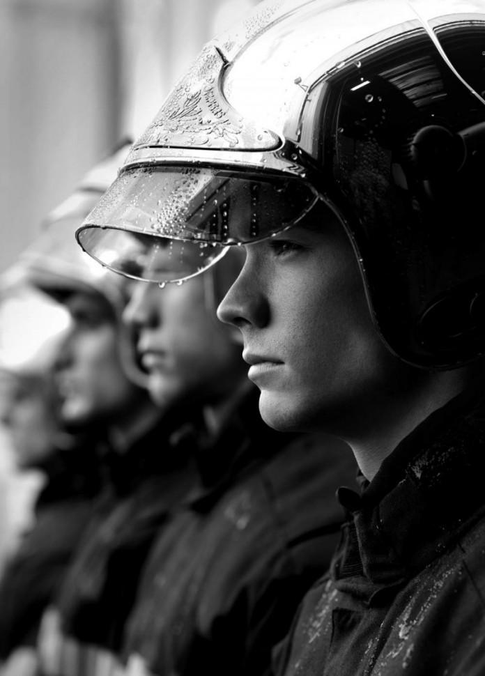Calendario-2016-bomberos-franceses-02-696x970
