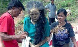 Mujer sale de su tumba después de tres años de haber fallecido